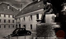 Vrhnika_Ivan_Cankar_Cankarjev_spomenik_po 2. sv. vojni
