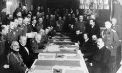 Delegaciji Centralnih sil in Sovjetske Rusije v Brest Litovsku, FOTO: Wikipedia