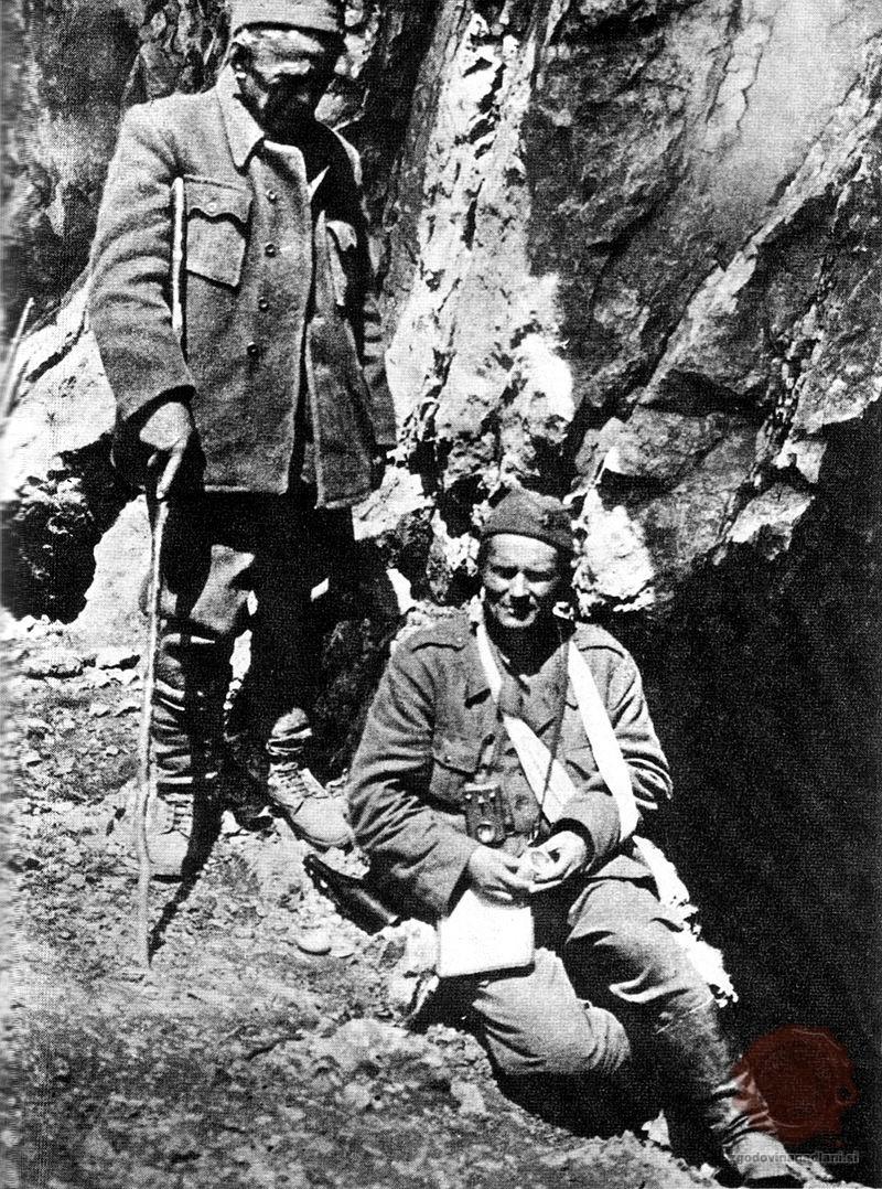 Ivan Ribar in ranjeni Tito. Vir: wikipedia.