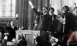 Ante Pavelić v hrvaškem parlamentu leta 1942, FOTO Wikipeida