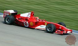 Ferrari iz leta 2004 je zadnji prinesel naslov svetovnega prvaka Schumacheru (FOTO: Wikipedia)
