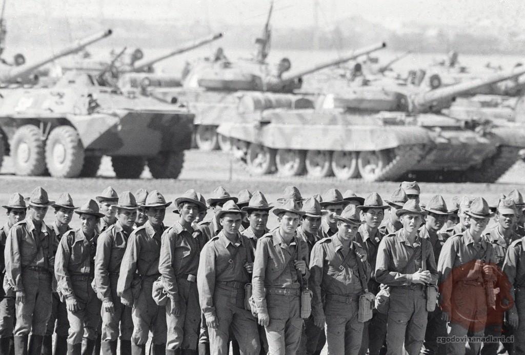 Sovjetski vojaki v Afganistanu. Foto: Wikipedia.